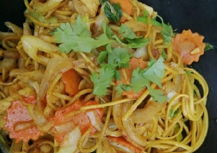 Nouilles sautées aux legumes