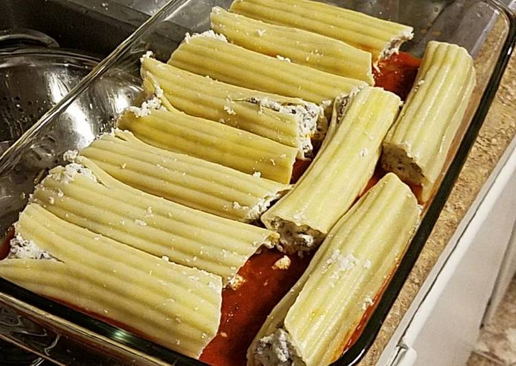 Recipe: Yummy Cheese and beef manicotti