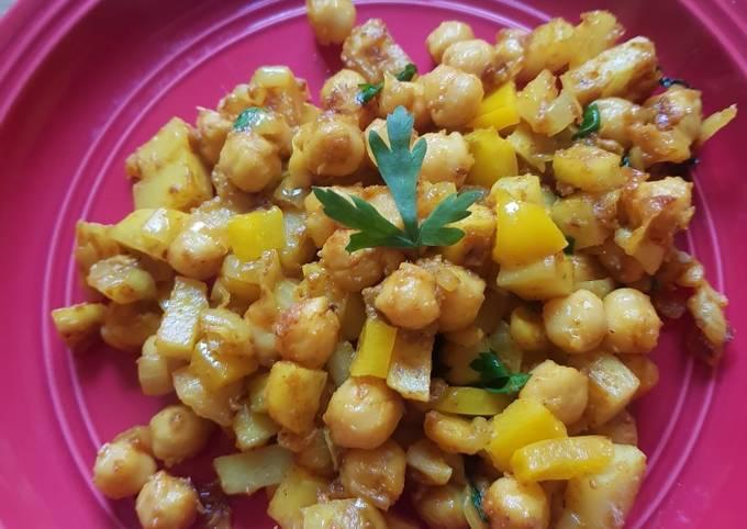 Potato chickpea dish
