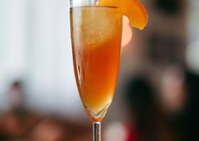 Peach Perfect (Cocktail)