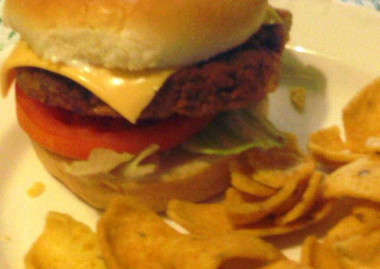 Easiest Way to Prepare Perfect Chickpea &Salmon Patty burgers
