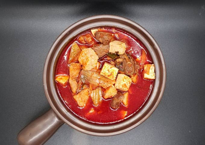 Sundubu-jjigae (Korean Spicy Tofu Stew)