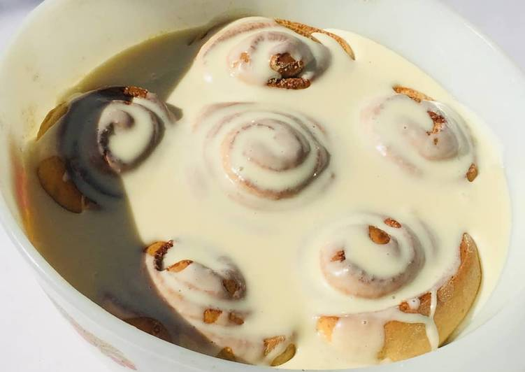 Cinnamon roll's
