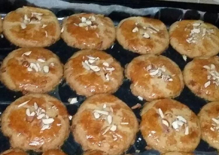Recipe of Ultimate Shakkar Nankhattai (My New Creation)