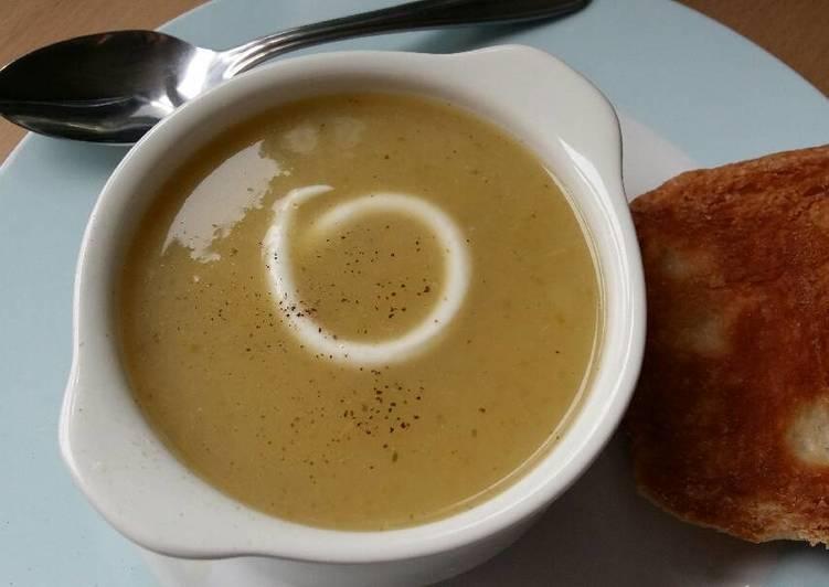 Vickys Celery Soup, GF DF EF SF NF
