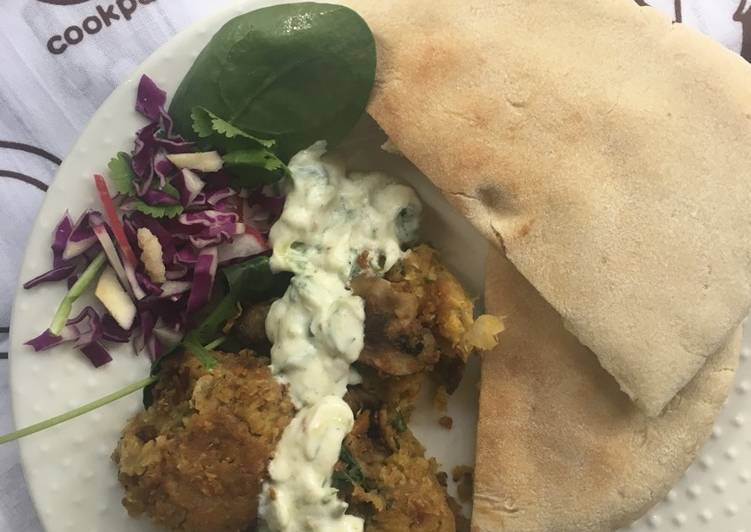 5 Minute Steps to Make Diet Perfect Chickpea falafel with toasted pita breads and tzatziki