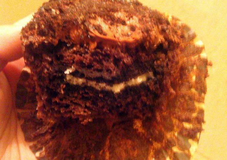 Recipe of Favorite Oreo Cupcakes♥