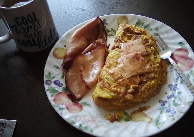 Cheese 🧀🧀 omlet with fried bologna