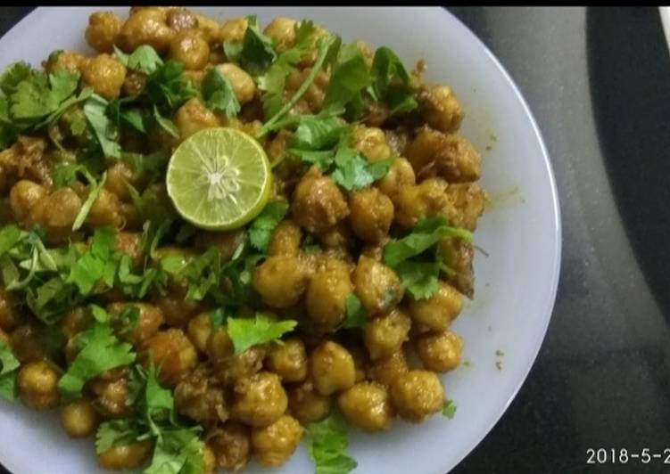 10 Minute Recipe of Ultimate Chana chaat