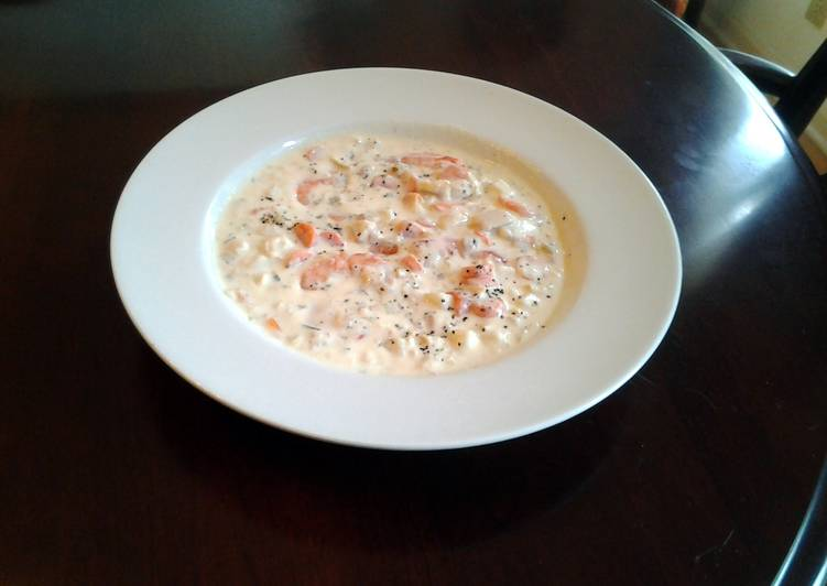 New England Clam and Shrimp Chowder
