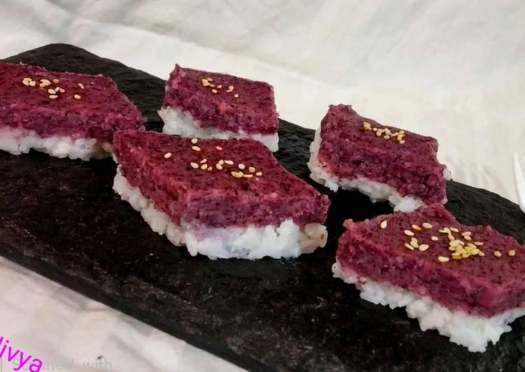 Purple Coconut sticky rice cake