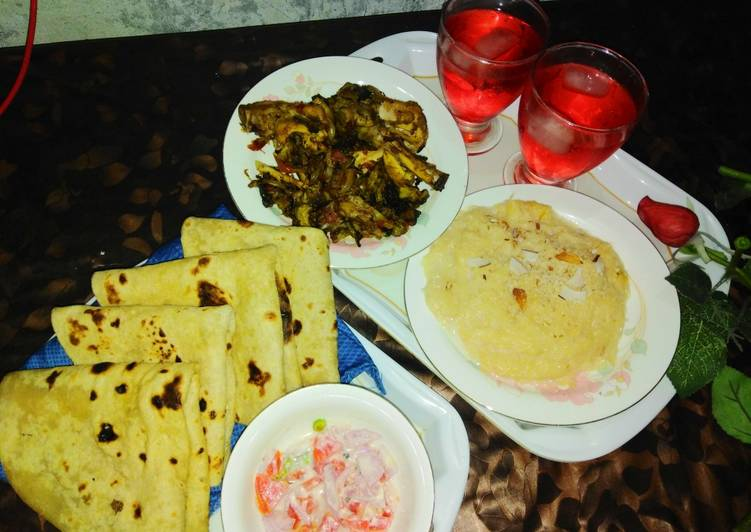 Recipe: Delicious Chicken karaily and sheer khurma with rooti salad and drink