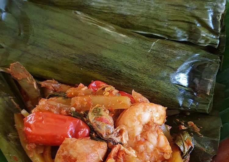 Pepes Seafood Bumbu Pencit