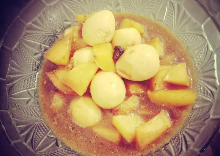 Semur kentang & telur puyuh