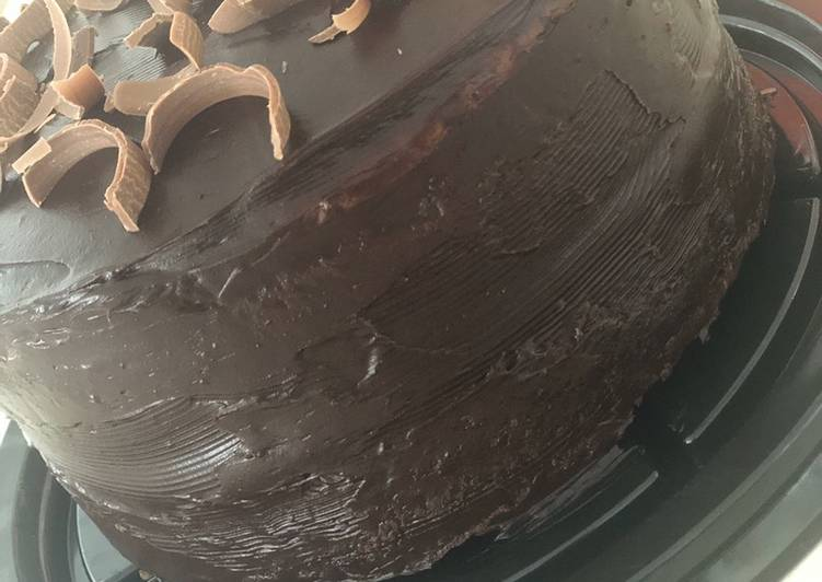 Super moist chocolate cake, (tried and tasted and loved) @mubina_18