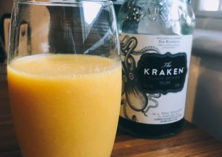 Recipe of Any-night-of-the-week Mango rum smoothie