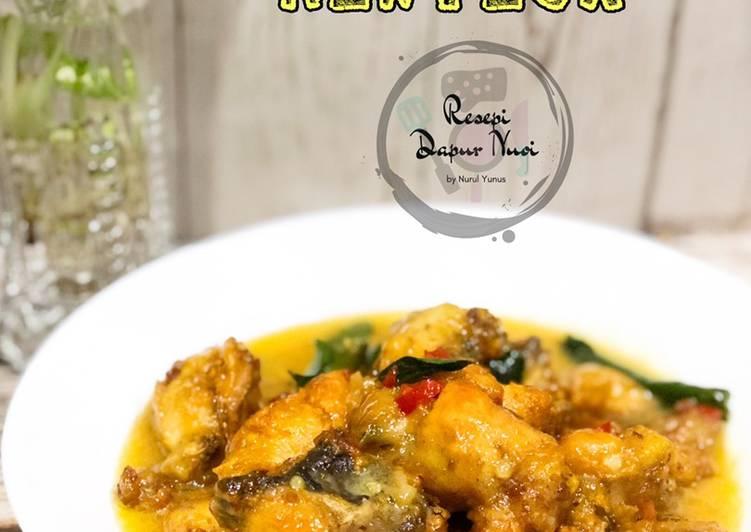 Ayam Masak Mentega - velavinkabakery.com