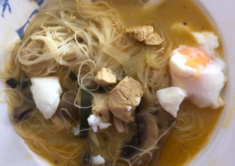 Sopa al estilo singapur