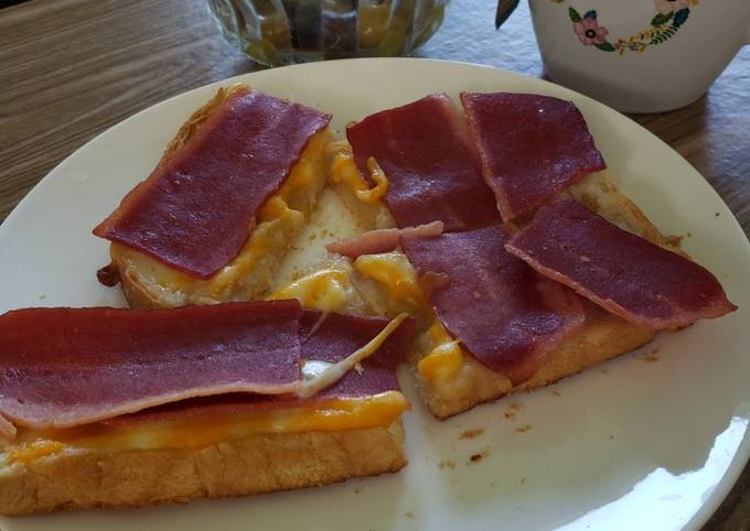 Simple Way to Make Super Quick Homemade My breakfast today 😋 🍞🧀🥓