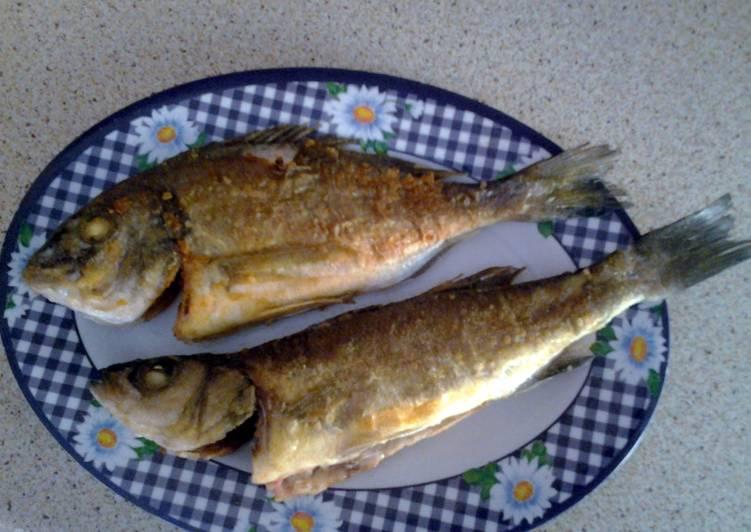 Recipe of Award-winning Fried sea bream and sea bass