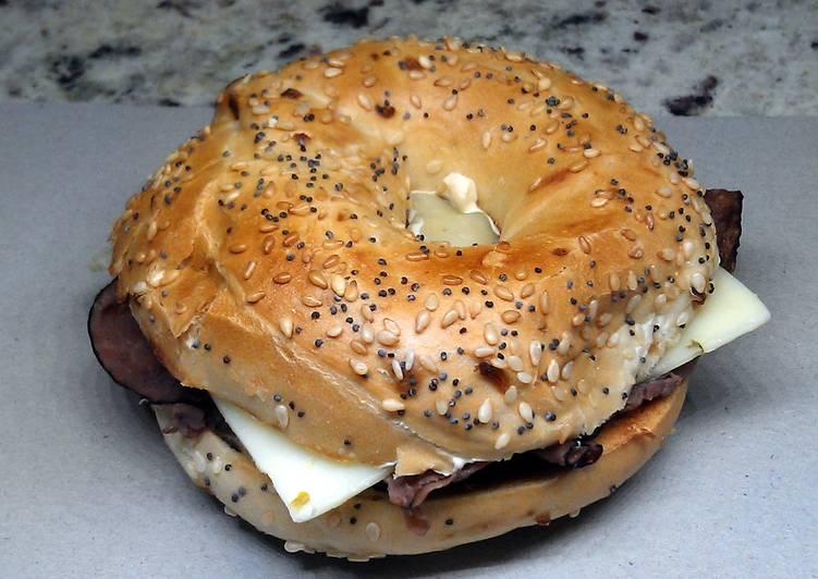 Roast Beef & Pepperjack Breakfast Bagel