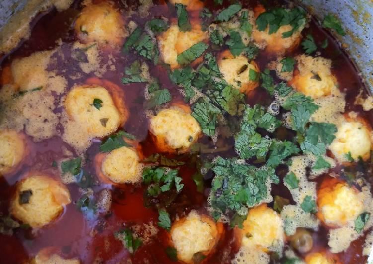 Chicken kabab with gravy