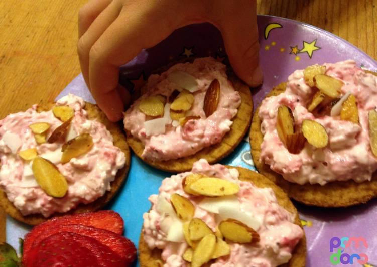 Kid's Strawberry Cream Cheese