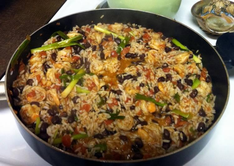 Shrimp and Scallions Beans N Rice 🍤