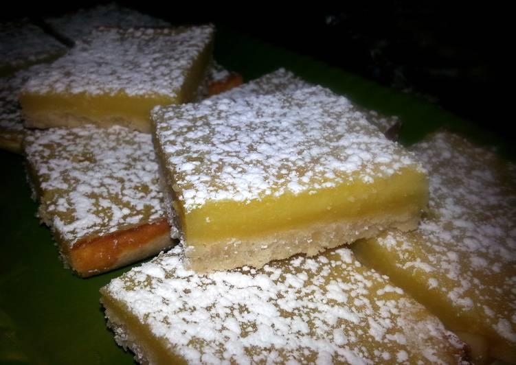 Macadamia nut lemon bars