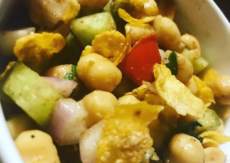 Crunchy chickpea salad