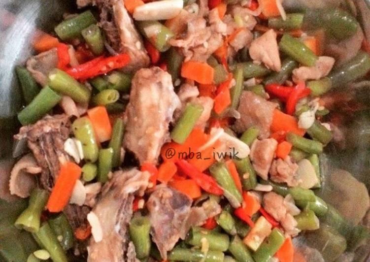 Oseng ayam buncis wortel