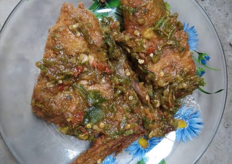 Ayam Geprek Sambel Ijo