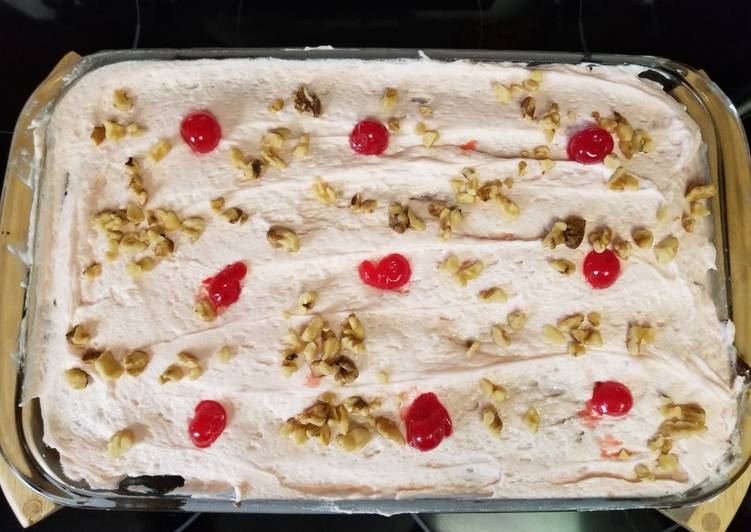 Cherry Nut Cake, Helping Your To Be Healthy And Strong with The Right Foods