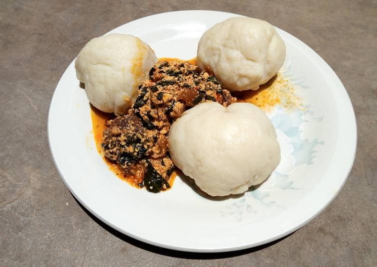 How to Prepare Favorite Pounded yam and bitter leaf soup