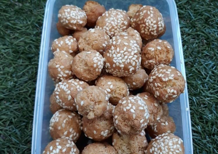Onde-onde mini snack renyah simpel