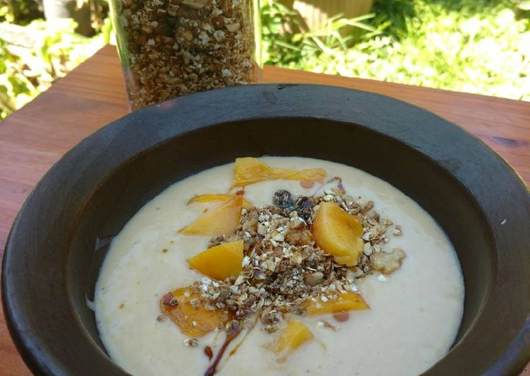 Desayuno smoothie bowl