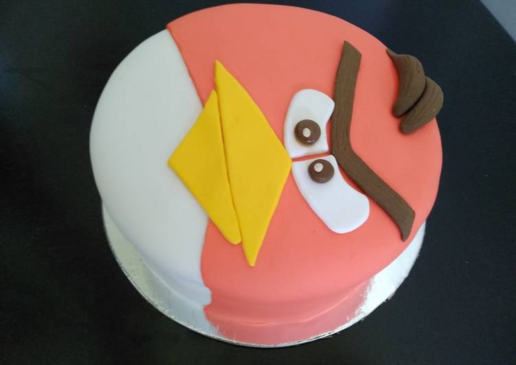 Easiest Way to Prepare Any-night-of-the-week Angry bird fondant cake
