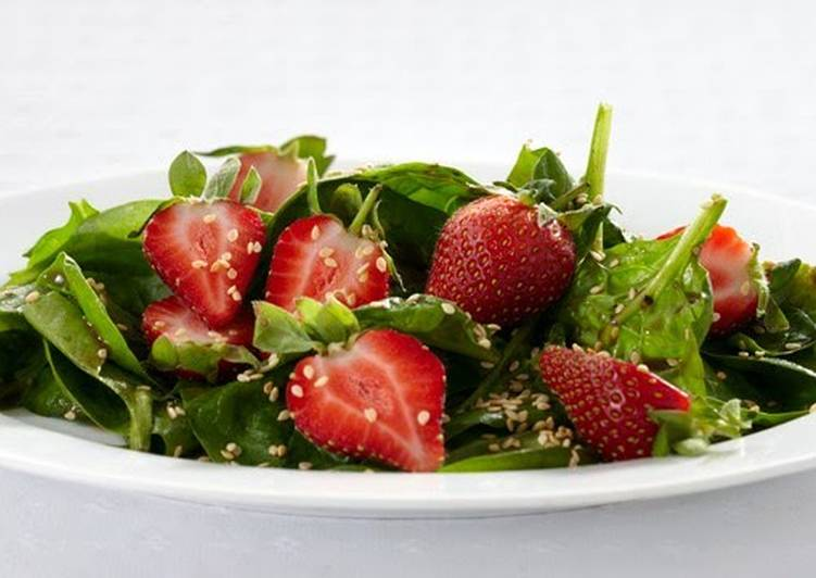 Steps to Prepare Award-winning Spinach Salad