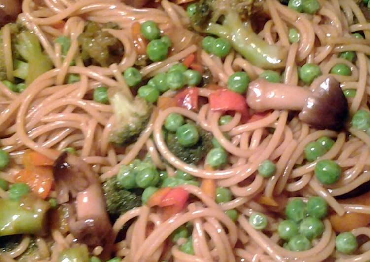 How to Prepare Award-winning vegetable lo mein and vegetable rice