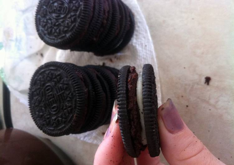 Chocolatey Oreos