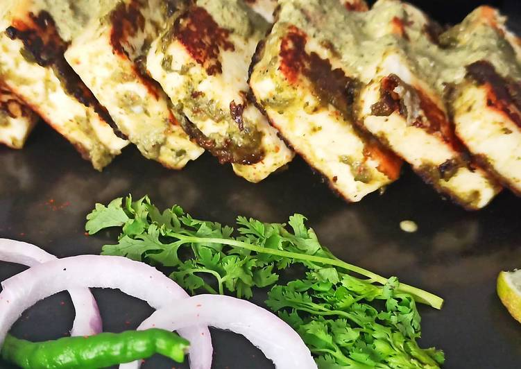 Choosing The Right Foods May Help You Stay Fit And Healthy Hariyali Paneer Tikka