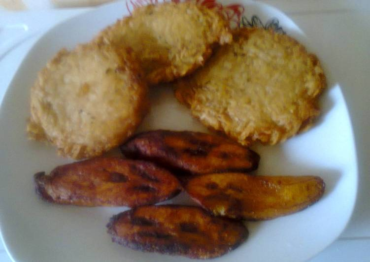 15 Minute Easiest Way to Make Cooking Wateryam Pancake(Ojojo)and fried plantain