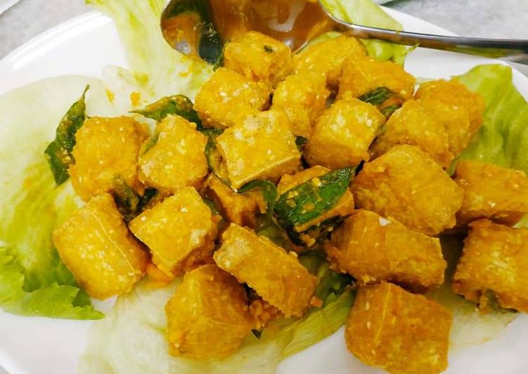 25 Minute Simple Way to Prepare Homemade Salted Eggs Bean Curd 咸蛋豆腐