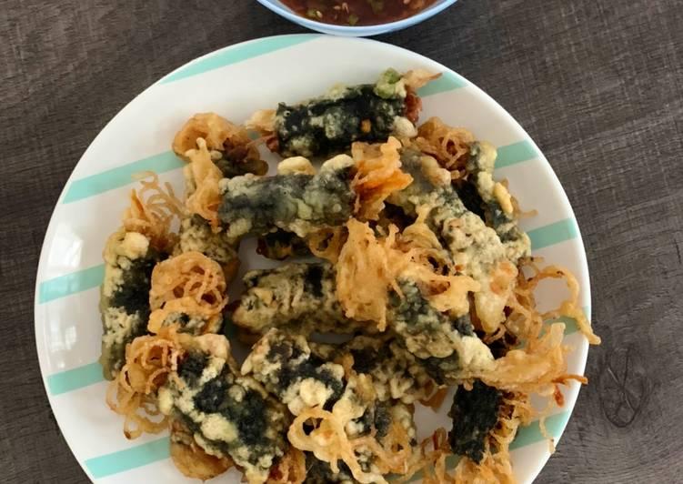Gimmari (Crispy Seaweed Noodle Rolls)