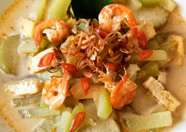 31. Sayuran Ketupat Lebaran (Labu Siam) #BikinRamadanBerkesan