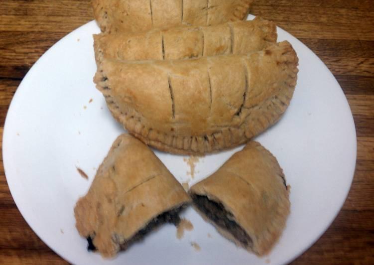 Forfar Bridies,Traditional Scottish pasties