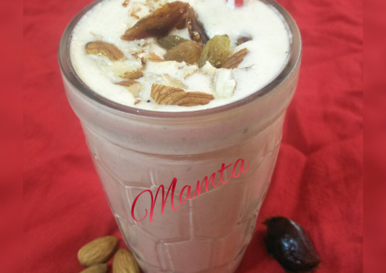Dates and Nuts milk shake
