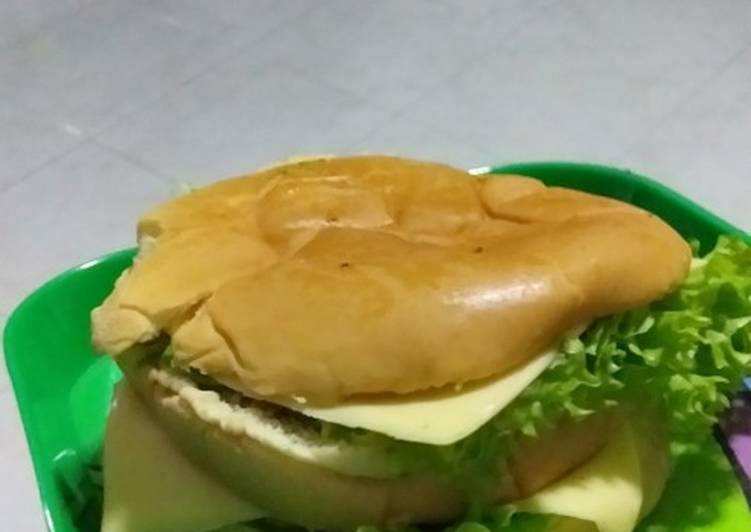 Chicken burger ala me
