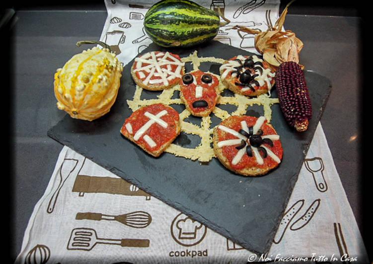 Halloween polenta pizzas