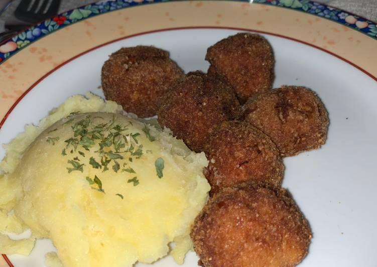 Recipe: Appetizing Ungarische Frikadellen mit Kartoffelpüree